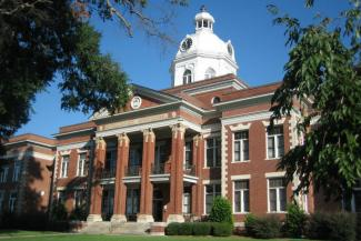 Putnam County Courthouse in Eatonton, GA